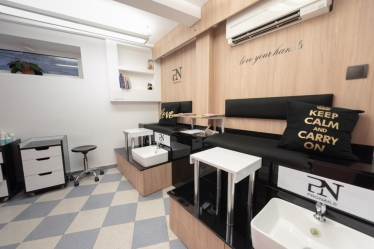 PN Premium Salon and Shop Selena ES 8