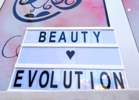 Beauty Evolution 8