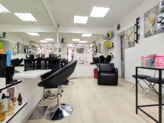 Saks Hair & Beauty Salon 1