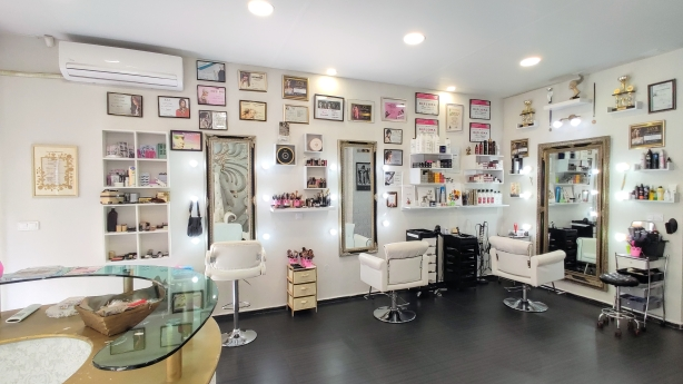 Beauty House Estilo & Carrera 2